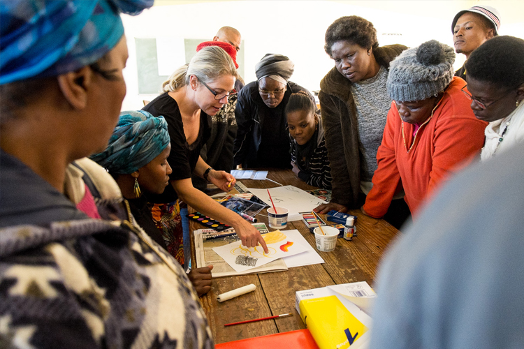 Visual-LIteracy-Traveling-Workshop-2017-Africa-Craft-Trust_by-Lauren-Barkume-(2-of-3)